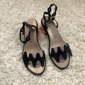 Shoes - Ivy Kirzhner black sandals w/ low heel size 37